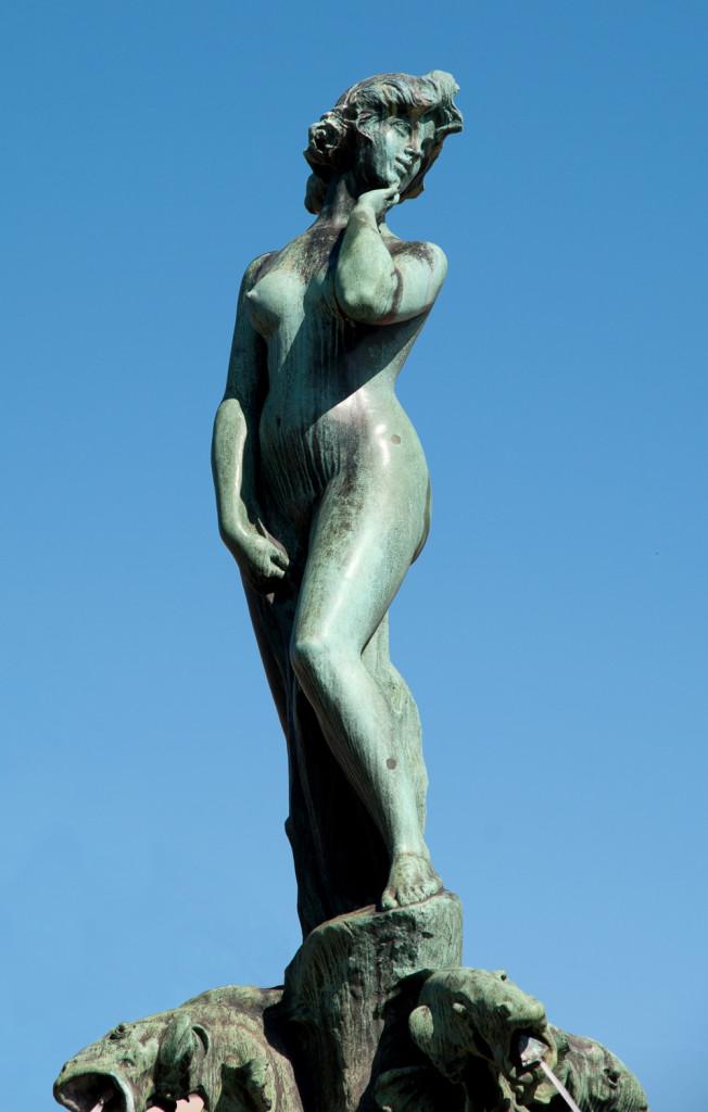 Havis Amanda Mermaid Statue